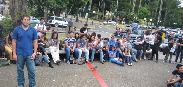 Próximo Sábado: Evangelismo en la Universidad de Costa Rica